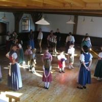 Singen und Tanzen